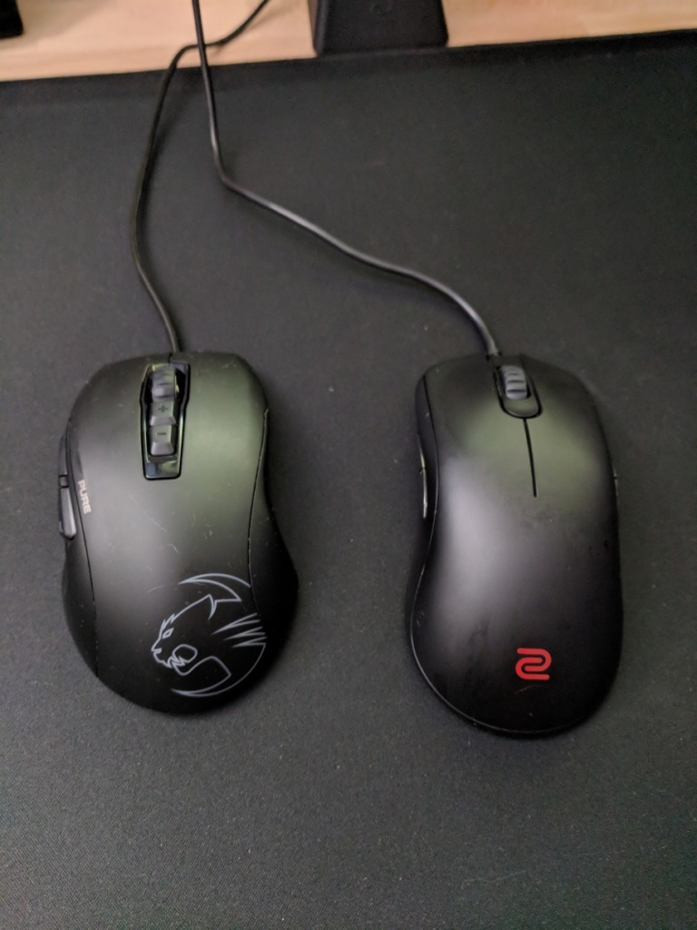 New mice to review! Zowie FK2 and Roccat Kone Pure Owl Eye